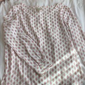 Scoop neck women's blouse